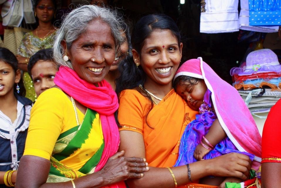 съемках принимали тамилы народ фото приглашаем красивую